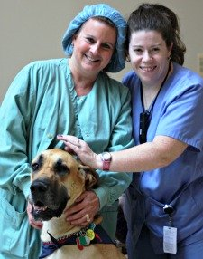 2 Nurses with therapy dog